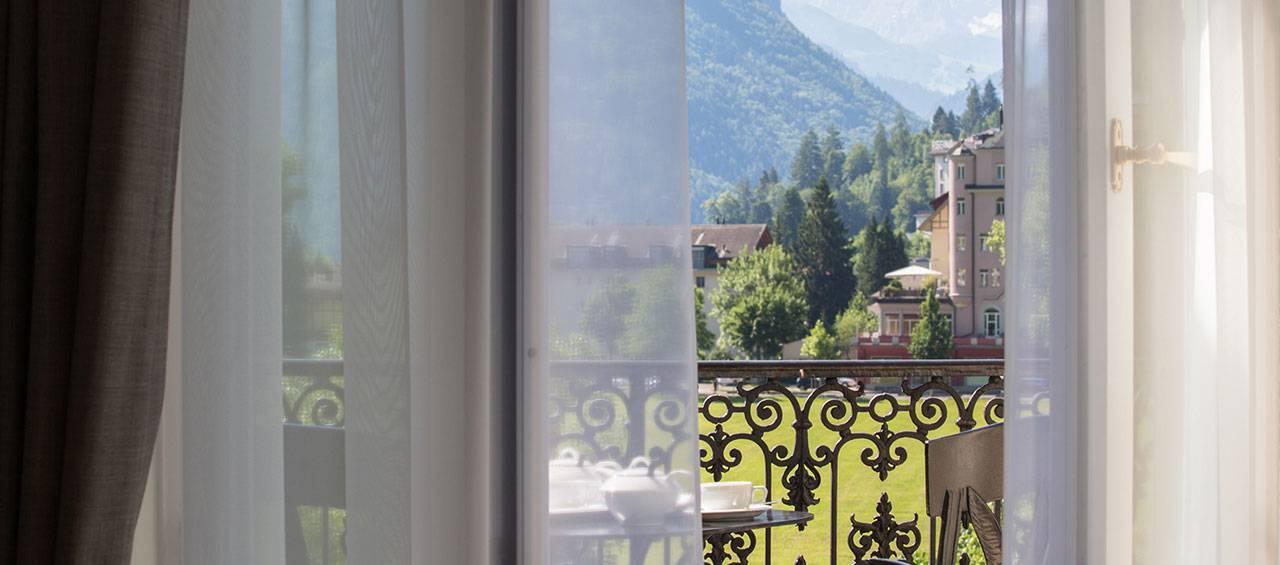 vjc_victoria_jungfrau_hotel_interlaken_deluxe_junior_suite_club_1280x565